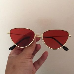 Fun Red sunglasses perfect for summer!